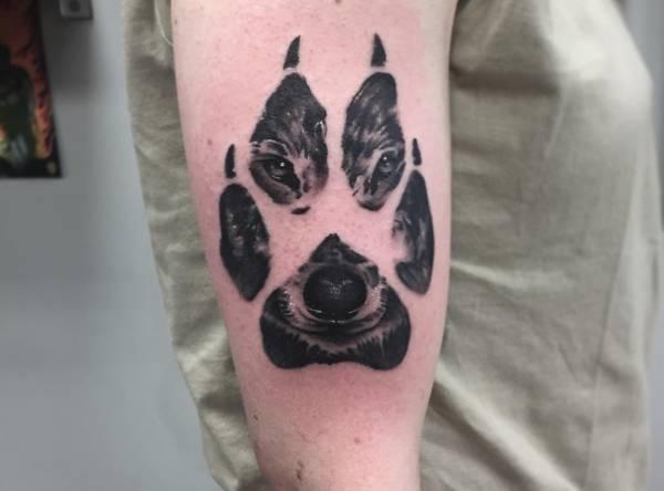 Znaczenie tatuaży Zwierzęta  Tatuaż łapki – znaczenie, historia, 30 zdjęć
