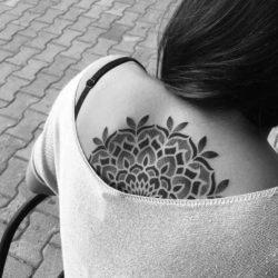 Tatuaż etniczny  Tatuaże buddyjskie – znaczenie, historia, 30 zdjęć