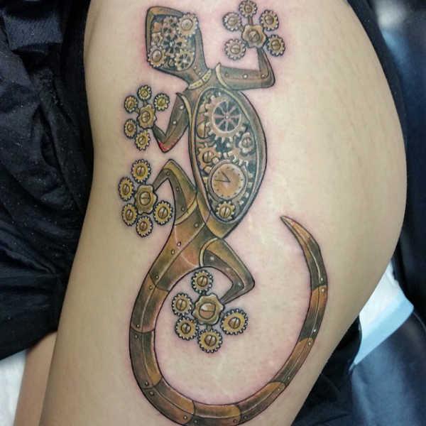 Znaczenie tatuaży Zwierzęta  Tatuaż jaszczurka – znaczenie, symbolika, 28 zdjęć