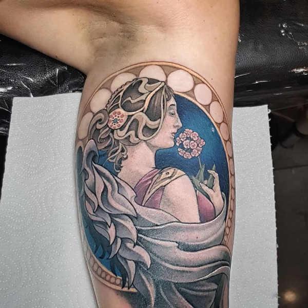 Znaczenie tatuaży  Tatuaż anioł – znaczenie, historia, 48 zdjęć