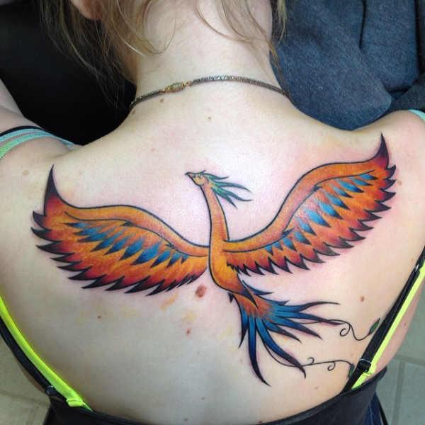 Tatuaż feniksa – znaczenie, historia, 30 zdjęć Pomysły na tatuaże Znaczenie tatuaży