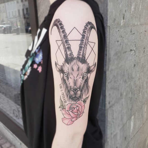 Znaczenie tatuaży Znaki zodiaku  Tatuaże ze znakami zodiaku: koziorożec – znaczenie, historia, 40 zdjęć