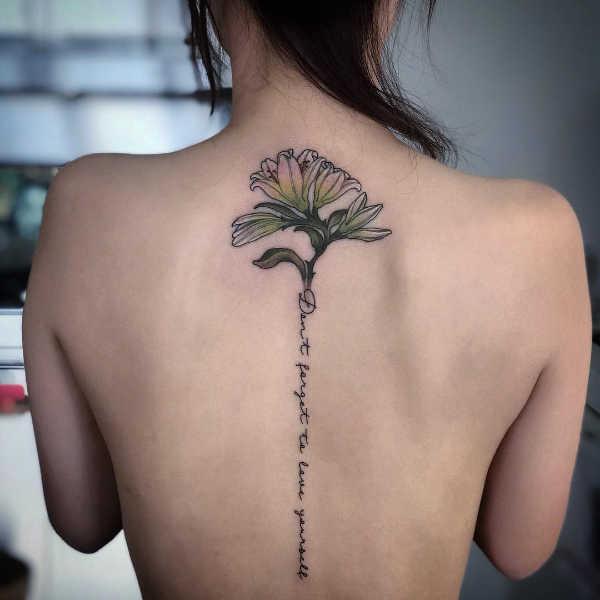 Tatuaż Lilia Znaczenie Historia 55 Zdjęć
