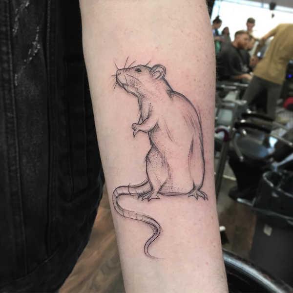 Znaczenie tatuaży Zwierzęta  Tatuaż myszka – znaczenie, historia, 25 zdjęć