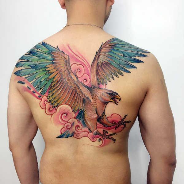 Znaczenie tatuaży Zwierzęta  Tatuaż orzeł – znaczenie, historia, 50 zdjęć