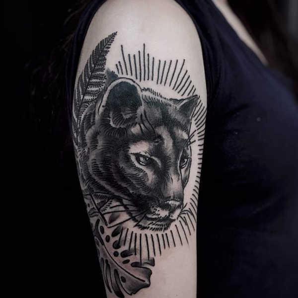 Znaczenie tatuaży Zwierzęta  Tatuaż puma – znaczenie, historia, 12 zdjęć
