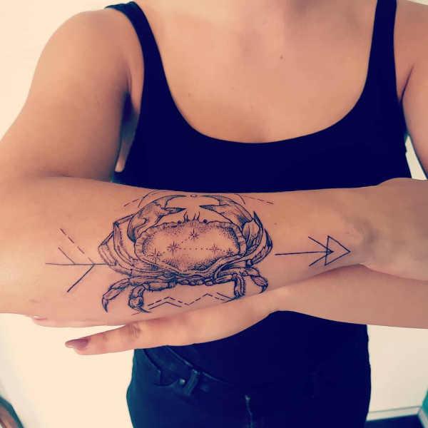 Znaczenie tatuaży Znaki zodiaku  Tatuaże ze znakami zodiaku: rak – znaczenie, historia, 30 zdjęć