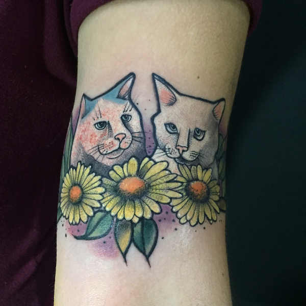 Tatuaże kwiaty Znaczenie tatuaży  Tatuaż stokrotki – znaczenie, historia, 80 zdjęć