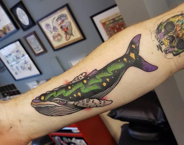 Znaczenie tatuaży Zwierzęta  Tatuaż wieloryb – znaczenie, historia, 28 zdjęć