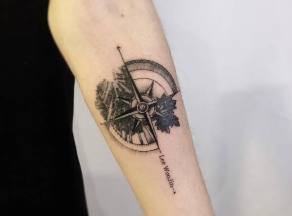 Tatuaż Kompas Znaczenie Historia 40 Zdjęć