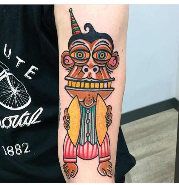 Znaczenie tatuaży Zwierzęta  Tatuaż z zegarem – znaczenie, historia, 50 zdjęć
