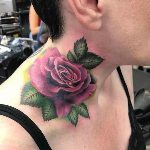 Znaczenie tatuaży  Tatuaż róża – znaczenie, historia, 40 zdjęć