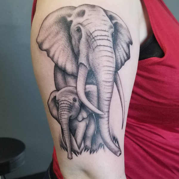 Pomysły na tatuaże  Tatuaże dla mam – 60 inspirujących wzorów
