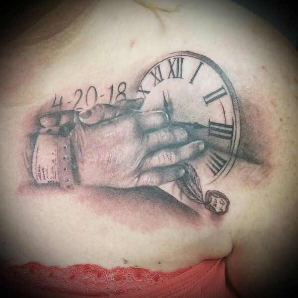 Tatuaże Które Upamiętniają Zmarłych Członków Rodziny 65