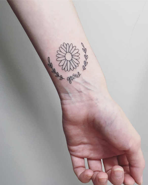 Części ciała Pomysły na tatuaże  Tatuaże na nadgarstkach – 150 pomysłów na atrakcyjny wzór
